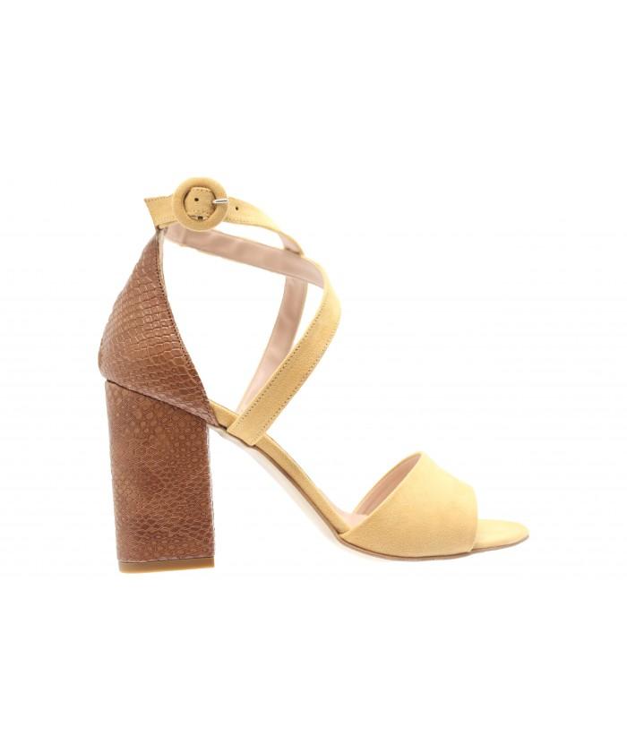 Sandale Sana: Daim Jaune Moutarde à talon carré