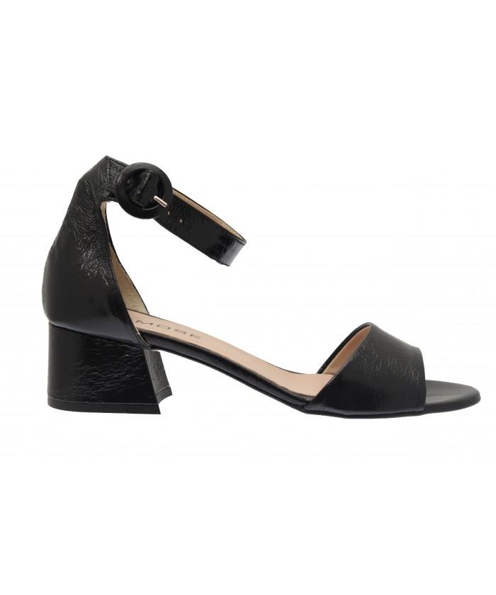 Sandale Ambre: Vernis craquelé Noir à petit talon carré