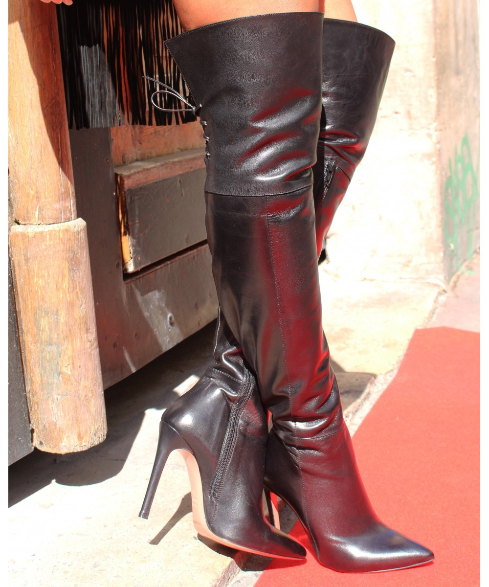 de24fd33bf8 Défilé en cuissarde couture OSMOSE shoes  Cuissardes cuir noir femme