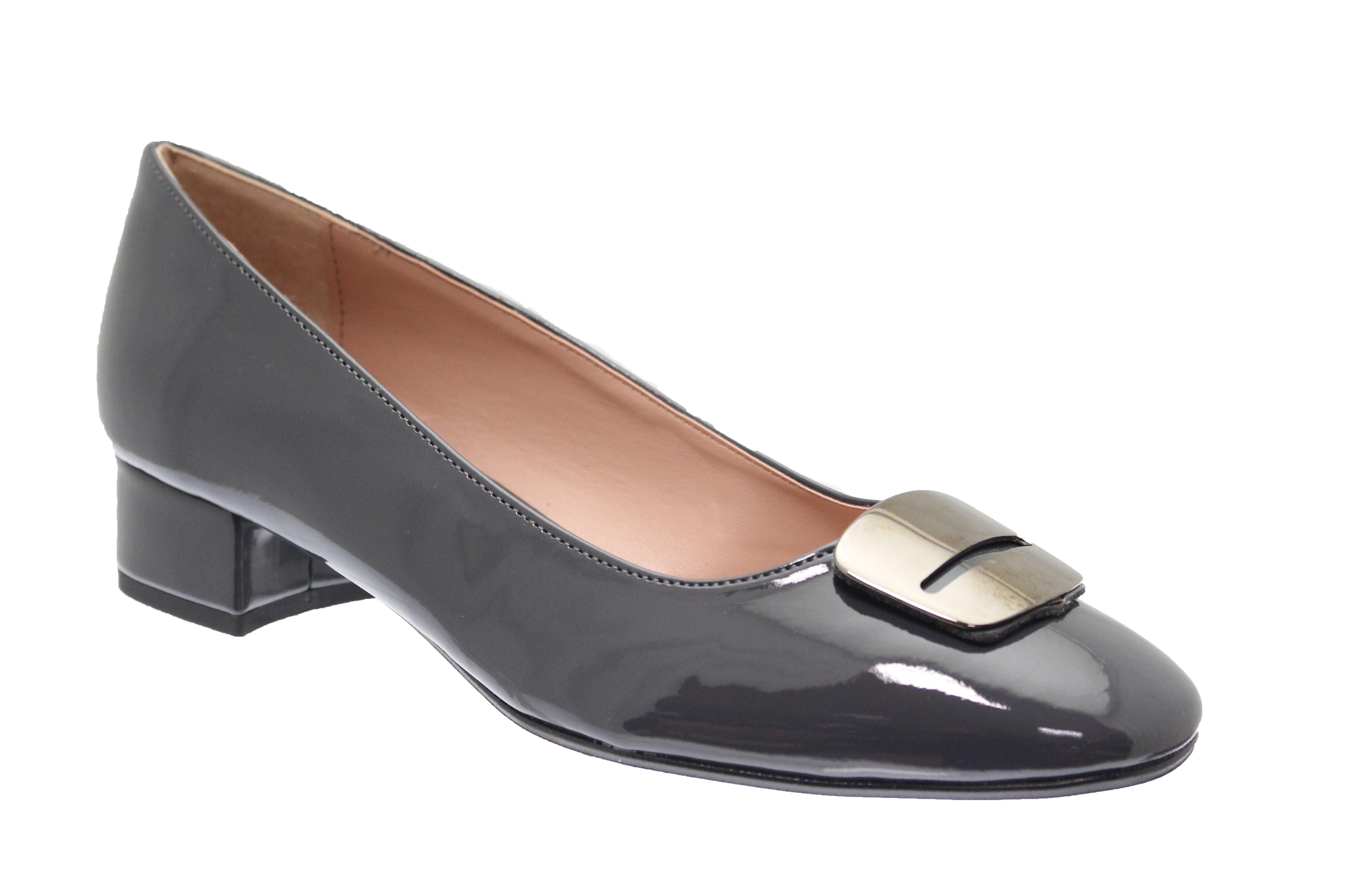 c0ab5369b153 Belle & féminine en OSMOSE Shoes Paris même quand vous chaussez du 43