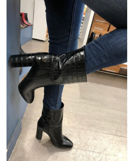 Bottine Mimiche: Croco Noir à Bout Rond & Talon Carré