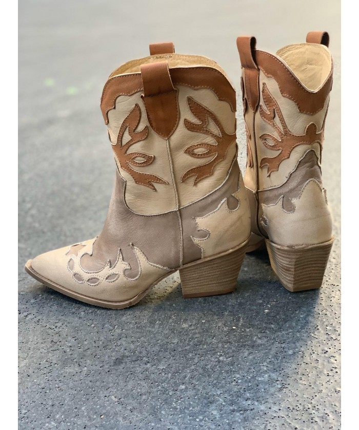 BOOTS TIAG TAUPE