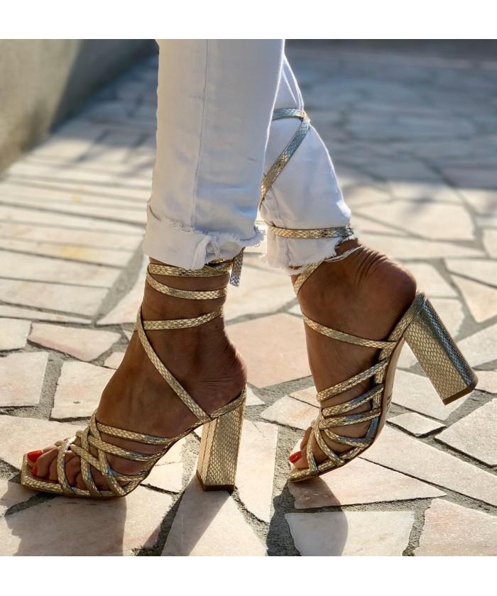 Sandale à talon carré python cuir platine
