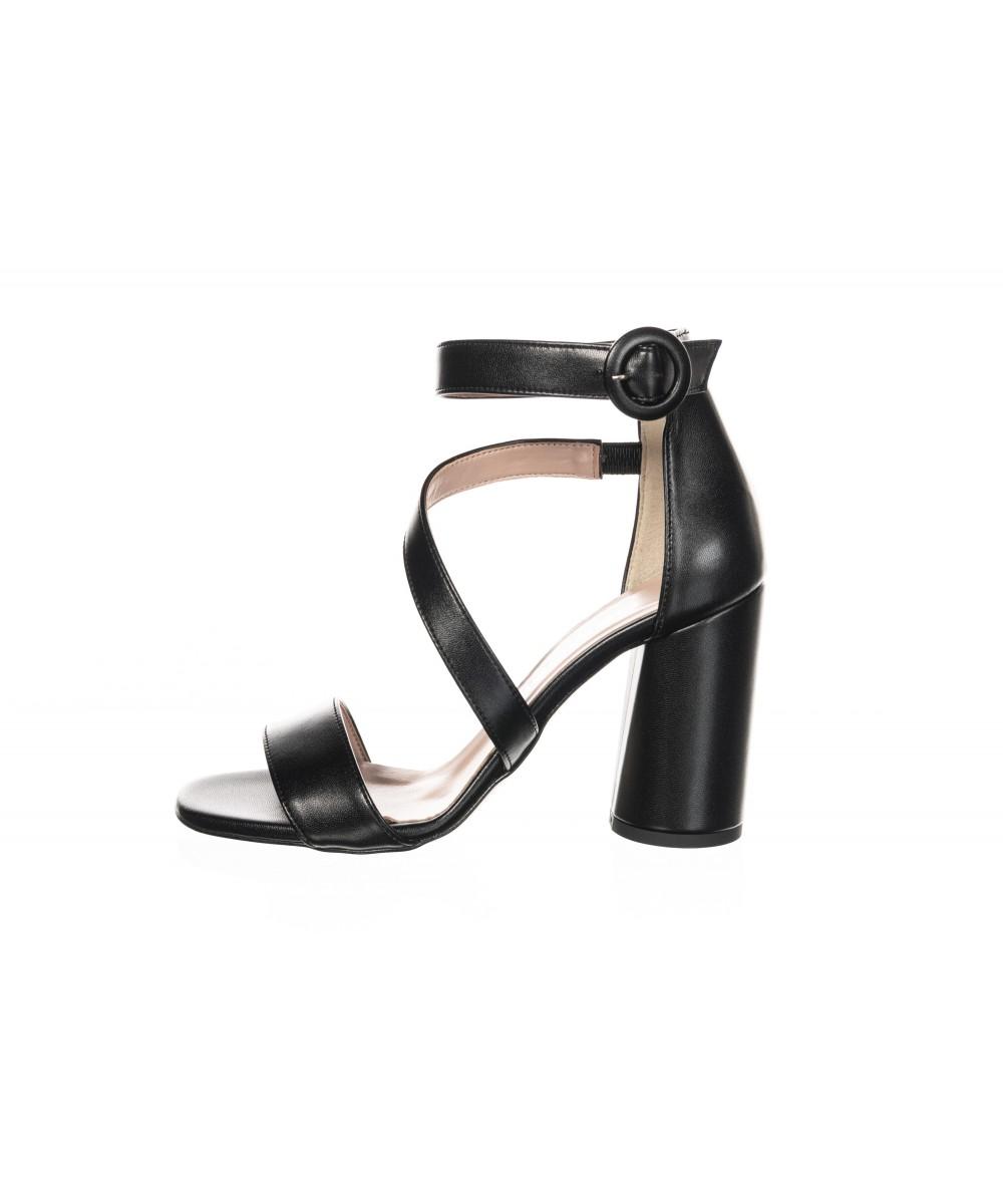 Sandale talon carré haut laminé noir